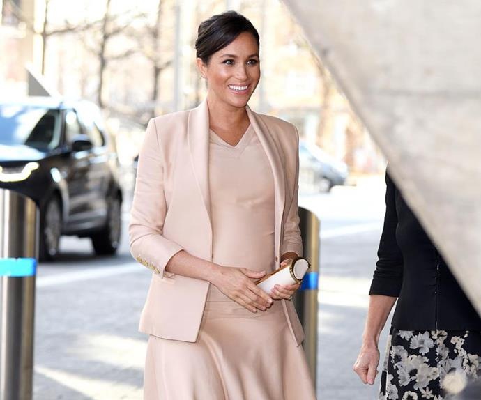 meghan markle national theatre pregnant