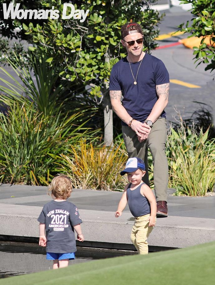 The pop star seems comfortable living the Dadzone life.