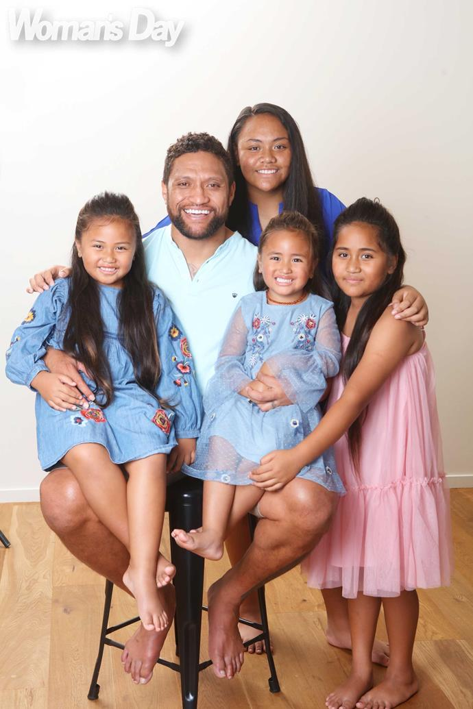 The family man and his gorgeous girls (clockwise from left) Eva, Makayla, Savanah and Aaliyah.