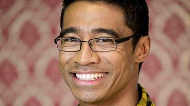 Celebrating the life of Pua Magasiva