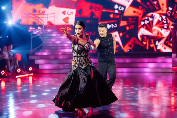 A bit of Fiji R&R was just what Nadia and Aaron needed to heat up their DWTS routine.
