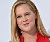 Amy Schumer is 'mom-shamed' for returning to work two weeks after having her baby