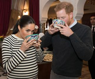 meghan markle and prince harry eating