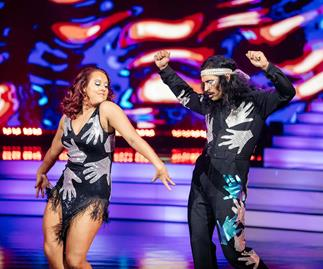 William Waiirua and Amelia do the samba in Dancing With The Stars