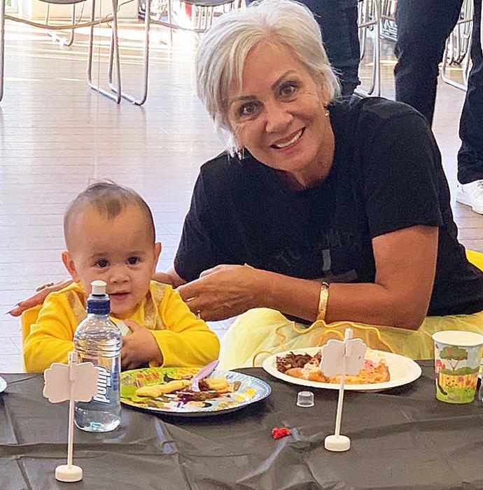 Hannah with great-granddaughter Viannah.