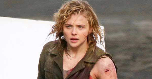 Chloe Gracë Moretz films a brutal fight scene for new ...