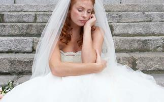 Bride quits job to plan wedding and asks fiance to get second job