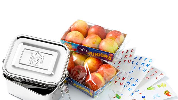 Win a JAZZ Juniors apples lunchbox prize pack!