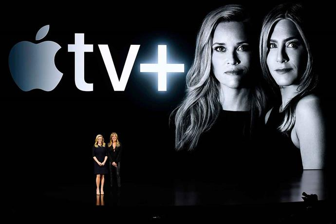 Jen with co-producer and co-star Reese Witherspoon ahead of *The Morning Show*'s preview.