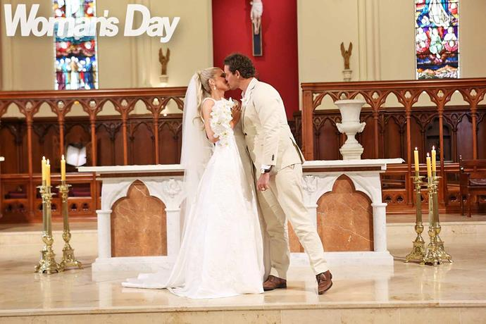 Zac and Erin sealed the deal with a passionate kiss. *Photo: Robert Trathen*