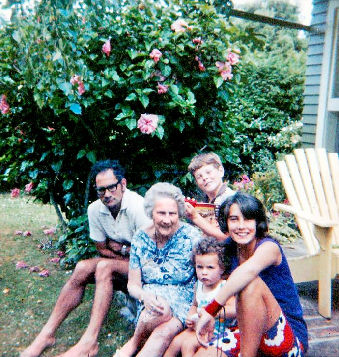 Lizzie's dad Norman, brother Mark, Muriel, toddler Lizzie and sister Carolyn.