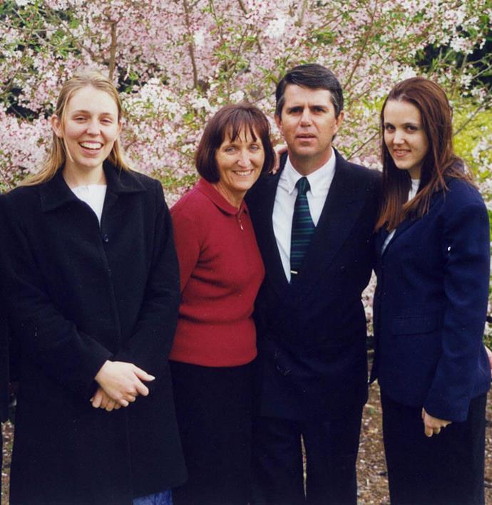 Jacinda, Laurell, dad Ross and sister Louise.