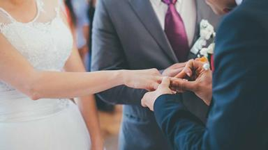 The Kiwi celebs who double as marriage celebrants