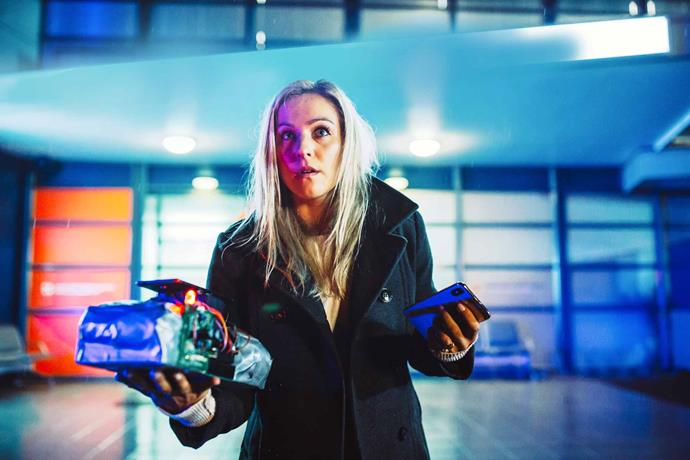 Risking her life, Kylie carries a bomb out of the hospital.