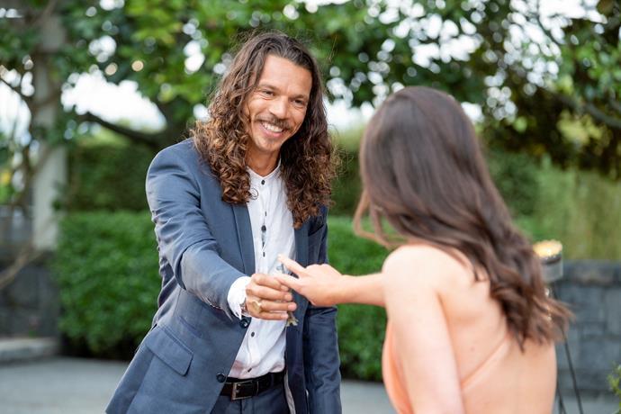 Paul slips Lexie the key to his heart - er, Paris apartment!