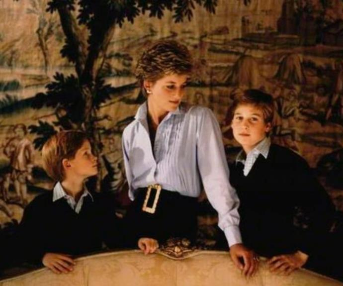 The shot from the 1993 Christmas card that inspired the statue. Kensington Palace