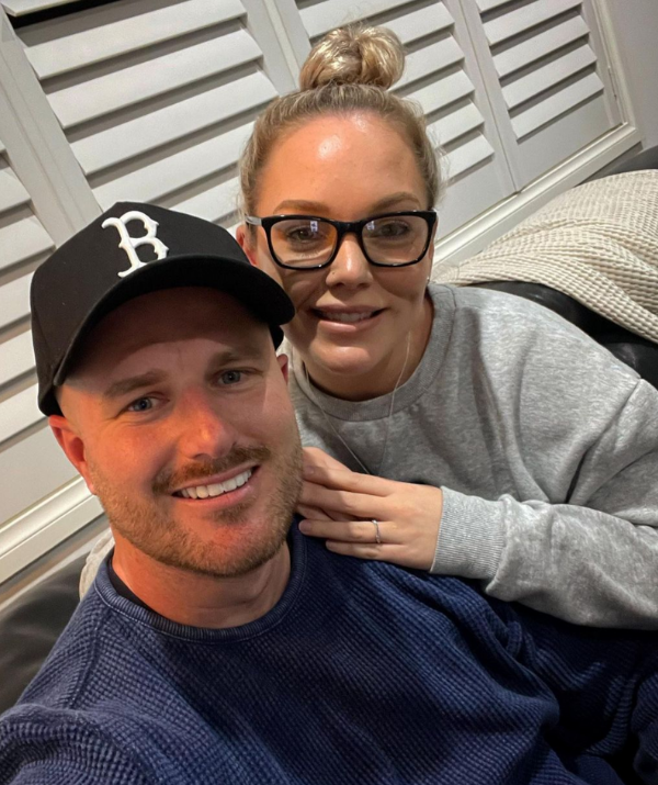 Bryce and Melissa are expecting twins! Image: Instagram