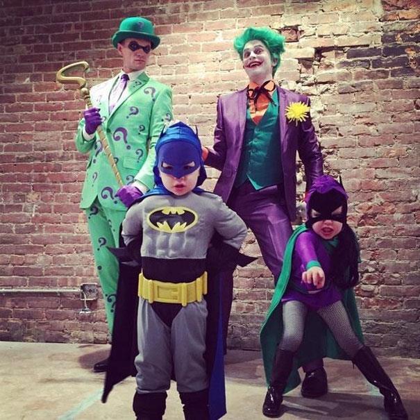 How cute are Neil Patrick Harris, his husband David Burtka and their twins Gideon and Harper?
