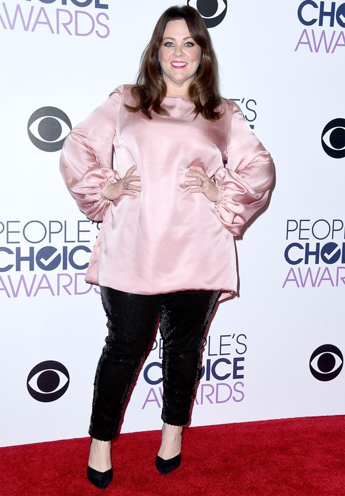 Melissa McCarthy chose a pink and black ensemble for the night. Photo: Getty