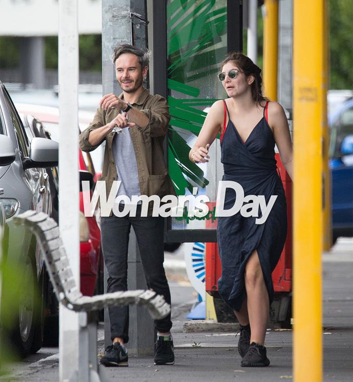Over Waitangi weekend, 19-year-old Ella Yelich-O'Connor - who split from her boyfriend of three years, photographer James Lowe, prior to Christmas - was spotted enjoying her new Herne Bay neighbourhood with pal, record company executive Justin Warren.
