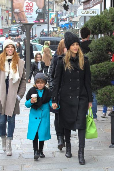 Jessica and her eldest daughter Honor are the epitome of chic in their winter coats!