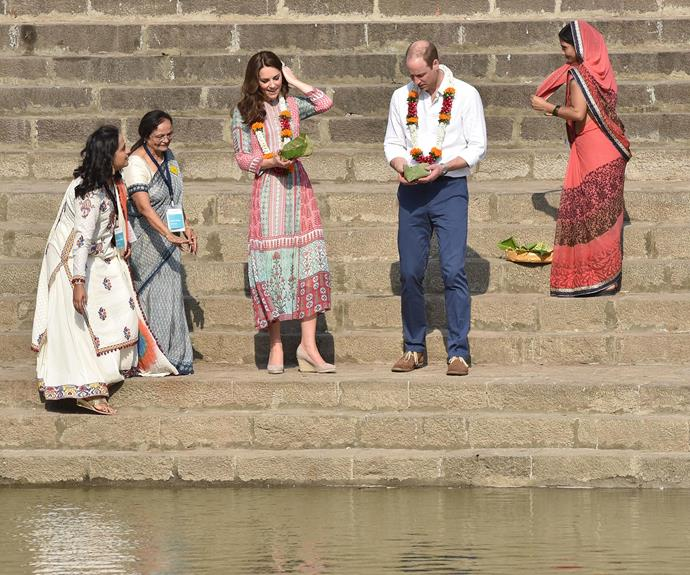 Next, William and Kate paid a visit to the 12th century Banganga Water Tank, located in the Malabar Hill area of Mumbai.