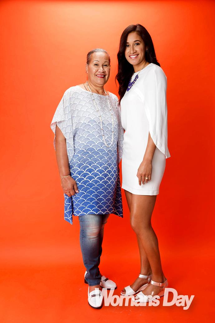 Silver Fern Maria Tutaia and her mother Niukini.