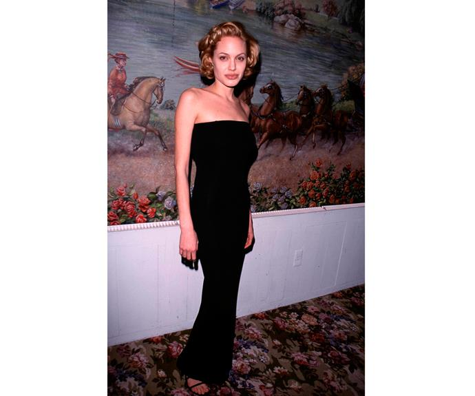 Ange went blonde for the National Board of Review Awards in New York , 1999. Clearly she decided it wasnt for her, we haven't seen this look on her since!