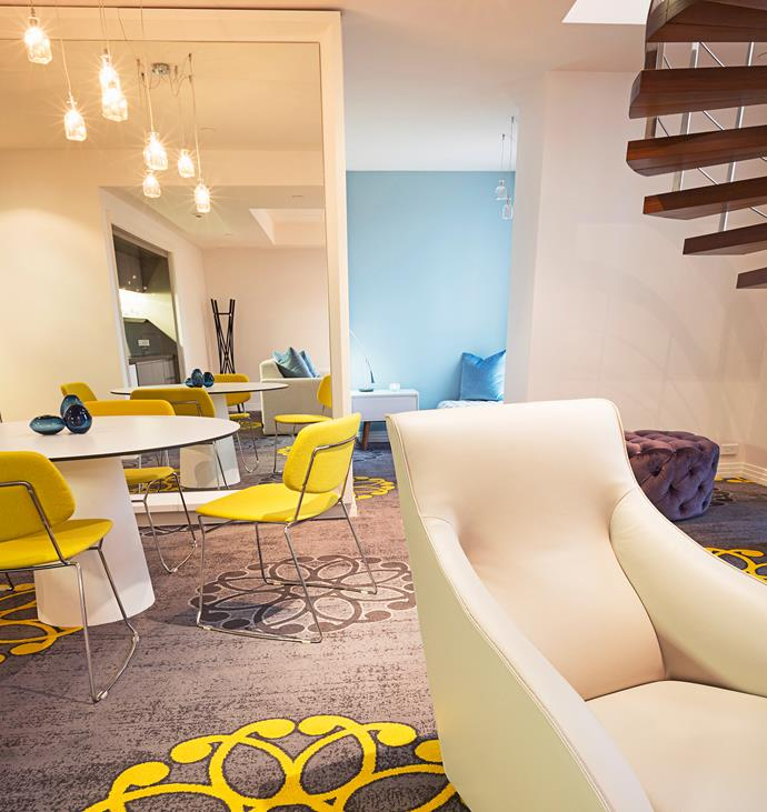 We totally dug our groovy-chic digs at The Como in South Yarra. Oh, behave!