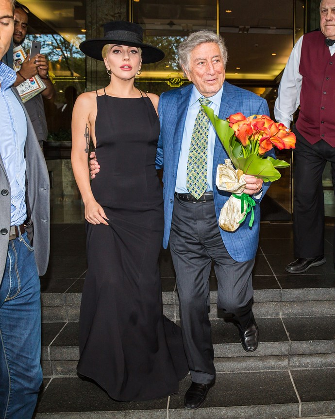 Talk about a good friend! Lady Gaga hand-delivers a gorgeous bouquet to Tony Bennett to celebrate his 90th birthday.