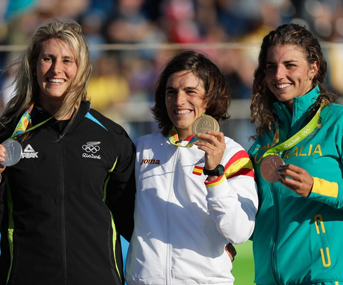 Luuka poses for a photo with Spain's Maialen Chourraut, who claimed gold, and Australia's Jessica Fox, who came in third.