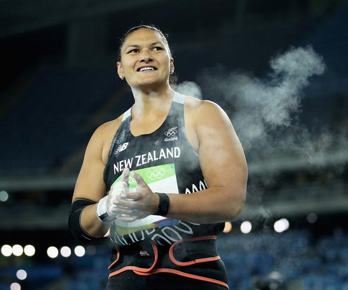 Valerie Adams claimed the silver in the shot put final, with a 20.42m throw.