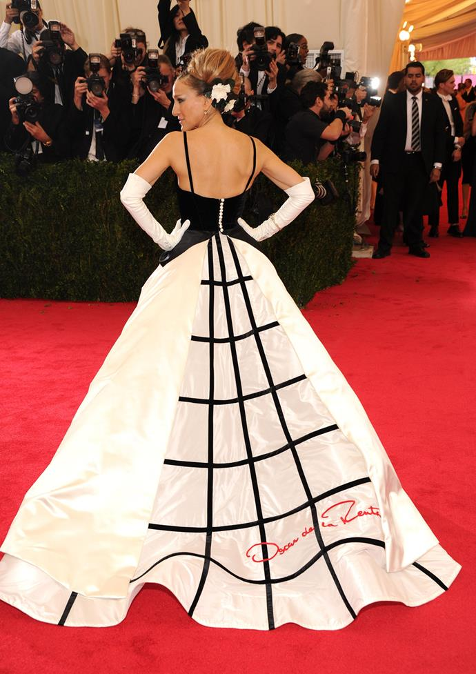 SJP wore a bold tribute to designer Oscar de la Renta at the Met Ball in 2014 where she was a co-chair of the event, alongside Anna Wintour and Mr. de la Renta