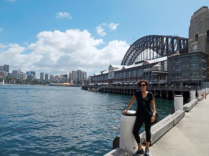 Sydney is a walkers' heaven. Here I am at the beginning of my 24,500-step day.