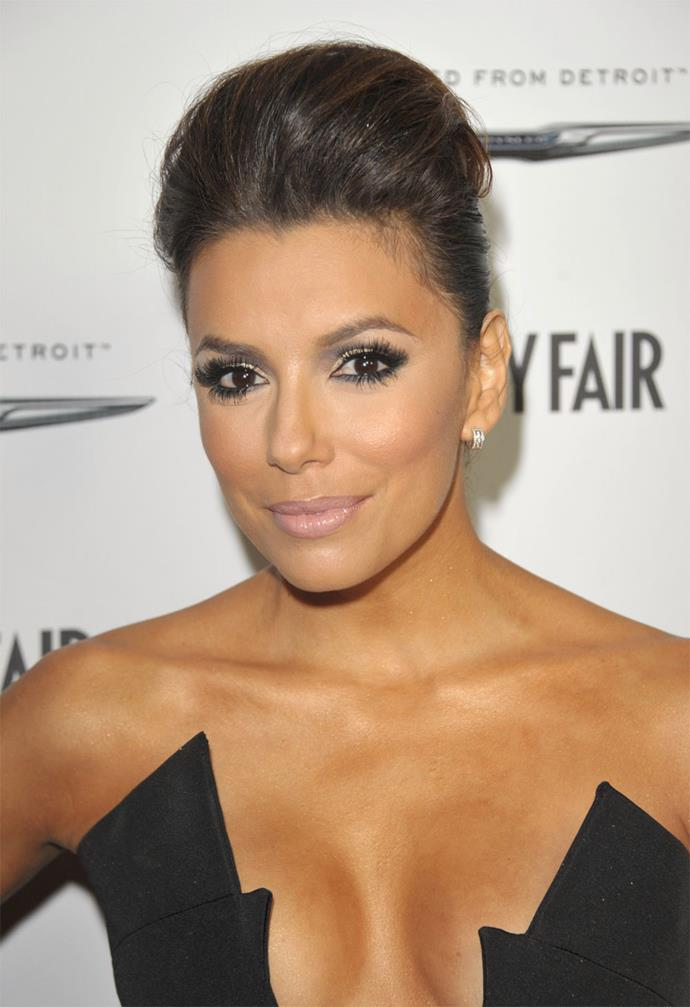 Desperate housewife Eva Longoria dons fake lashes with her heavy liner. Perfect for the evening