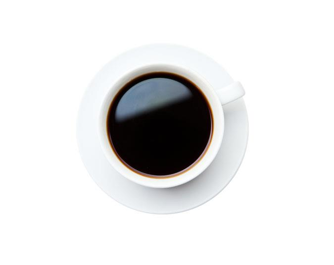 Coffee: Contains 2 calories per 100g. Coffee is thermogenic – it stimulates the burning of fat in the body for energy. It also boosts metabolism – but you have to drink it black and without sugar.