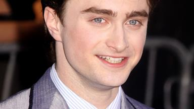Daniel Radcliffe considering dating co-stars