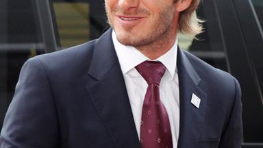 David Beckham flies to Valentine's date with Victoria