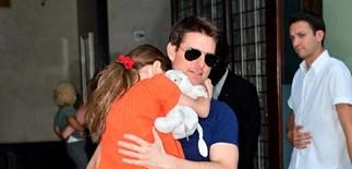 Tom Cruise and Suri reunite