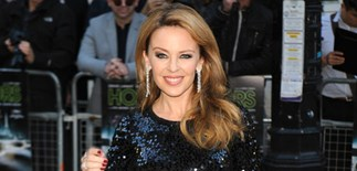 Kylie Minogue overdoes the botox