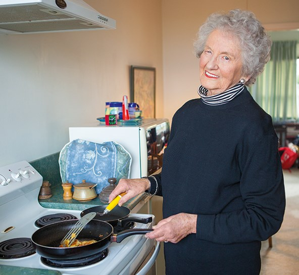 Barbara treats eldest son David to a feed of her whitebait fritters during a precious two days together.