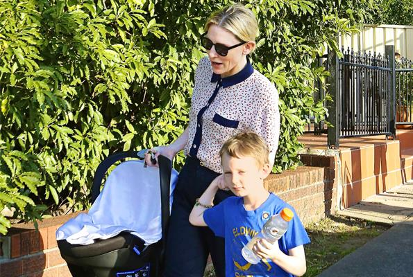 Cate feels pressure from other mums at school to act more like a celebrity.