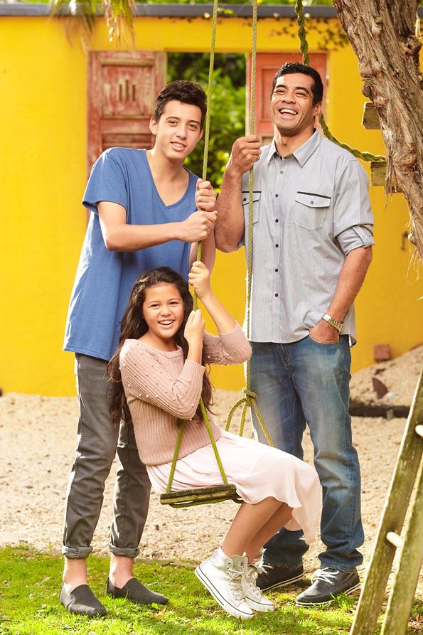 Robbie Magasiva and his children Austin and Sophie