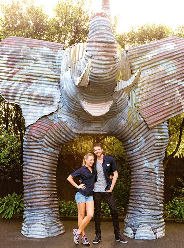 Sia Trokenheim and Step Dave co-star Jono Kenyon played zoo keepers for a day at Auckland Zoo.