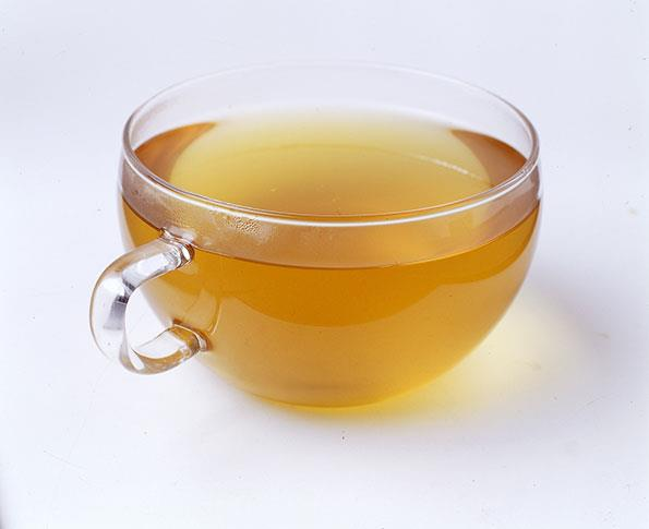 The best teas to help reduce bloating are fennel or peppermint.