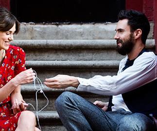 Keira Knightley sings in new film Begin Again
