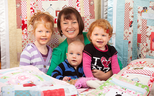 Tina's life is a happy mix of quilt-making and being 'Tee Tee' to Emilia (4), Baxter (9 months) and Kaiya (2).