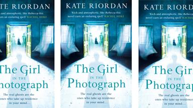 BOOK REVIEW: The Girl in the Photograph