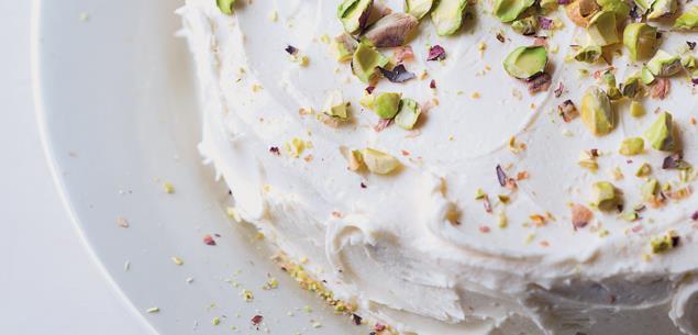 Pistachio vegan cake