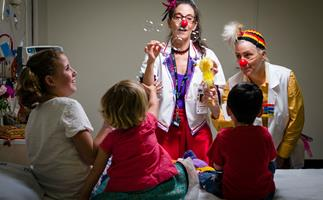 Clown doctors cheering up the kids in Auckland's Starship Children's hospital